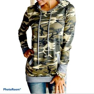 GRAY CAMO LONG SLEEVE SOFT KNIT PULLOVER TOP XXL